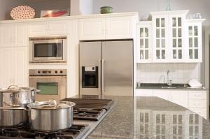 k chenschr nke reinigen putzen ohne chemie k chentipps haushaltstipps. Black Bedroom Furniture Sets. Home Design Ideas