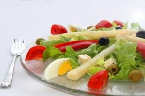 salat mit eiern und tomaten